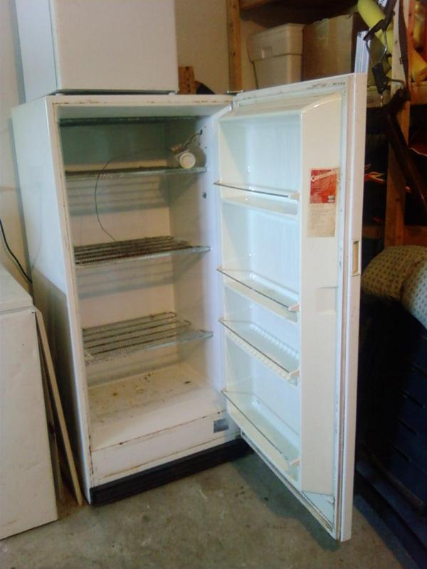 how to make a smoker out of a upright freezer
